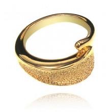 UC004-16 Кольцо, цвет золотой размер 16